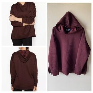 Victoria Sport VS Quilted Pullover Hoodie XL Wine
